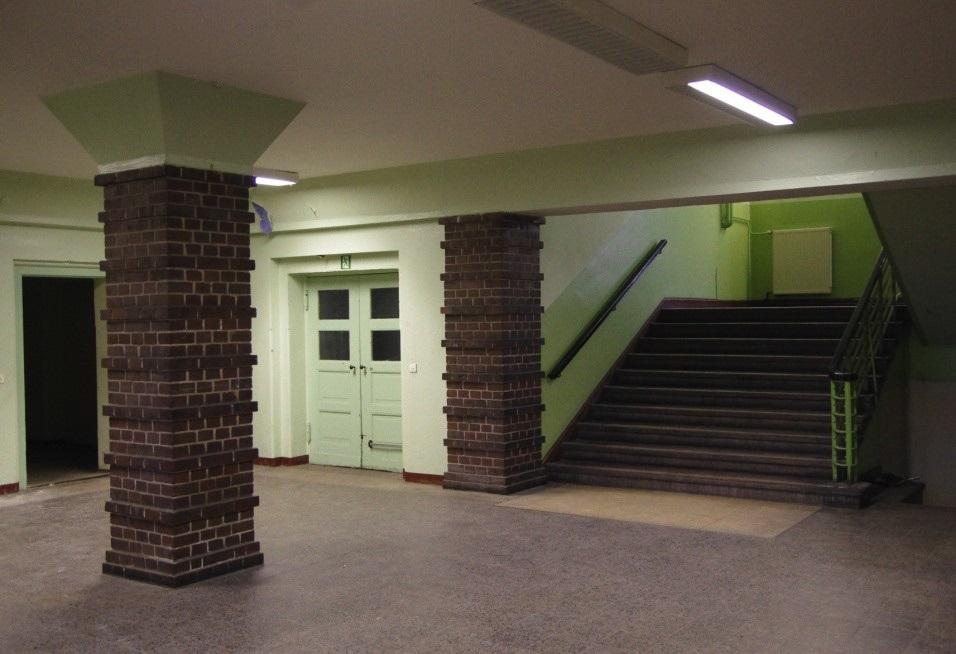 Altes Puschkin-Gymnasium 15